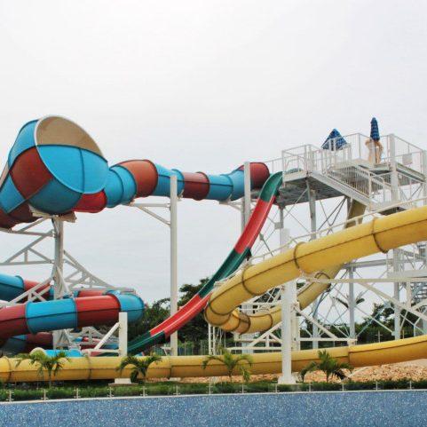 extreme-360-water-slides-10_centro-recreacional-takurika_cartagena-de-indias-co_aquakita-1024x481